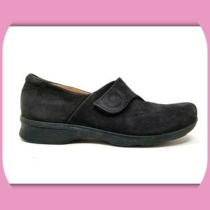 CLARKS Artisan Suede Leather Shoes